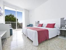 Azuline Hotel Coral Beach Bild 06