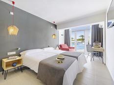 Hotel Cala Tarida Bild 08