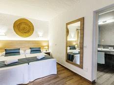 Azuline Hotel Cala Martina Ibiza Bild 09