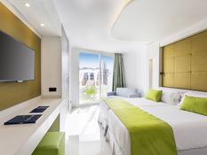 Hotel The Ibiza Twiins Bild 05