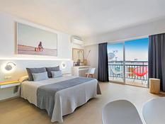 Hotel Cenit Bild 02