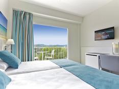 Invisa Hotel Es Pla Bild 02