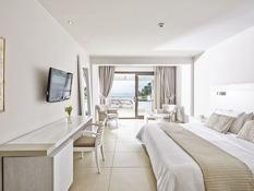 Kassandra Bay Suites & Spa Bild 02