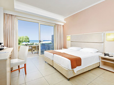 Hotel Kouros Palace Bild 04