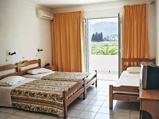 Hotel Nina Beach Bild 02