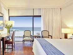 Hotel Grecian Bay Bild 02