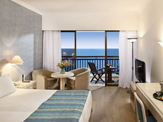 Coral Beach Hotel Bild 02