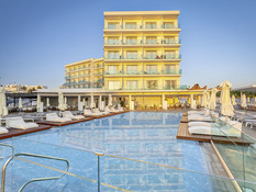 The Blue Ivy Hotel & Suites Bild 01