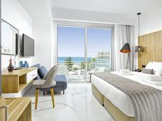 The Blue Ivy Hotel & Suites Bild 03