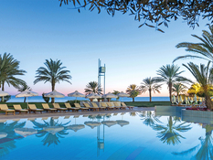 CBH Athena Royal Beach Hotel Bild 09