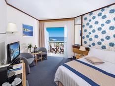CBH Athena Royal Beach Hotel Bild 06