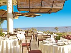 CBH Athena Royal Beach Hotel Bild 03