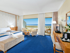 CBH Athena Royal Beach Hotel Bild 07
