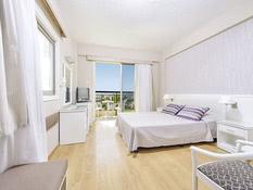 Hotel Pavlo Napa Beach Bild 02