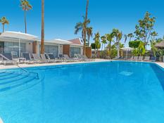 Sanom Beach Resort Bild 03