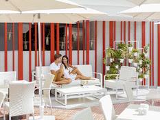 MUR Hotel Neptuno Bild 11