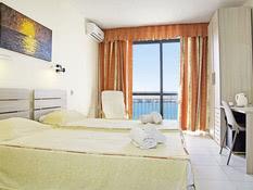 Relax Inn Hotel Bild 02