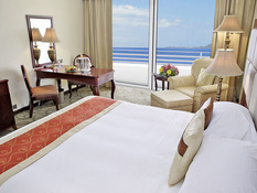 Grand Hotel Excelsior Bild 02