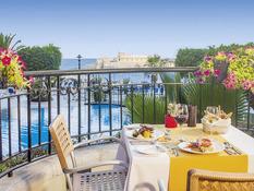 Hotel Corinthia St. George`s Bay Bild 03