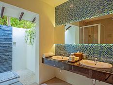 Adaaran Select Meedhupparu Island Resort Bild 11