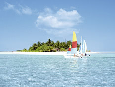 Holiday Island Resort & Spa Bild 04