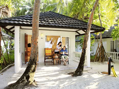 Holiday Island Resort & Spa Bild 07