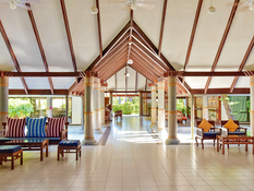 Holiday Island Resort & Spa Bild 12