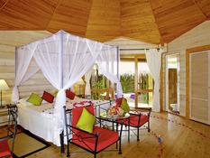 Kuredu Island Resort & Spa Bild 10