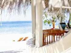 Nika Island Resort Bild 07