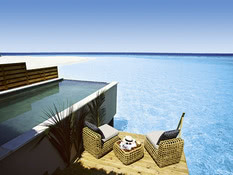Kudafushi Resort & Spa Bild 07