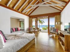 Kudafushi Resort & Spa Bild 09