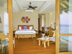 Kudafushi Resort & Spa Bild 06