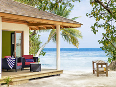 Vilamendhoo Island Resort & Spa Bild 10