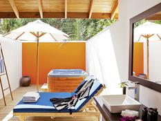 Vilamendhoo Island Resort & Spa Bild 12