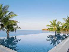 Vilamendhoo Island Resort & Spa Bild 03