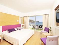 Hotel & Spa S'Entrador Playa Bild 03