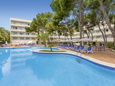 Hotel & Spa S'Entrador Playa Bild 01