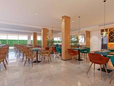 Hotel JS Yate Bild 02