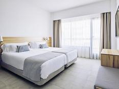 Hotel Aya Bild 02