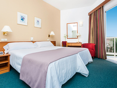 Hotel Globales Playa Santa Ponsa Bild 10