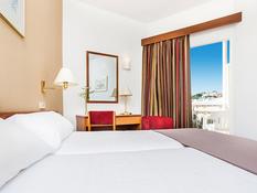Hotel Globales Playa Santa Ponsa Bild 11