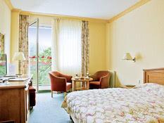 Hotel Danubius Health Spa Resort Butterfly Bild 01