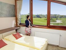 Hotel Resort Ski & Golf Mlade Buky Bild 02