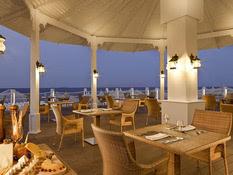 Sunrise Arabian Beach Bild 03