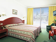 Hotel Don Manolito Bild 06