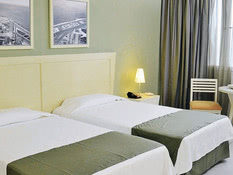 Hotel NH Capri Bild 03