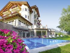 Lagorai Alpine Resort & Spa Bild 01