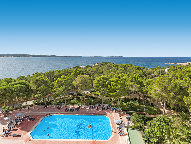 Fiesta Hotel Tanit In Cala Gracio Bei Alltours Buchen